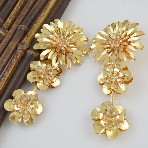 "5.50"" gold crystal dangle large floral pierced earrings basketball wives"