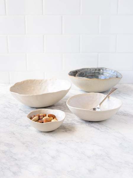 Kaffihaus ~ Dapple Nested Bowls :: Chantilly