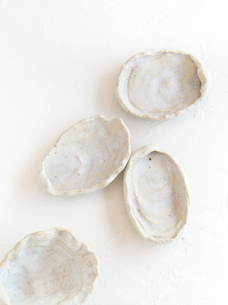 Luncheonette ~ Oyster Shell Dishes :: White