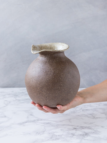 Ostrich Egg Jug - Chocolate