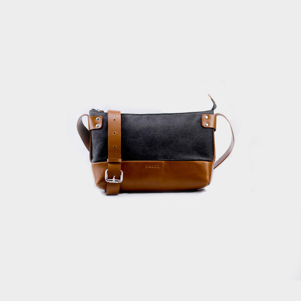 Woman's Weekend Leather Sling Bag - Tan
