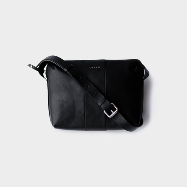 Woman's Everyday Leather Sling Bag - Black