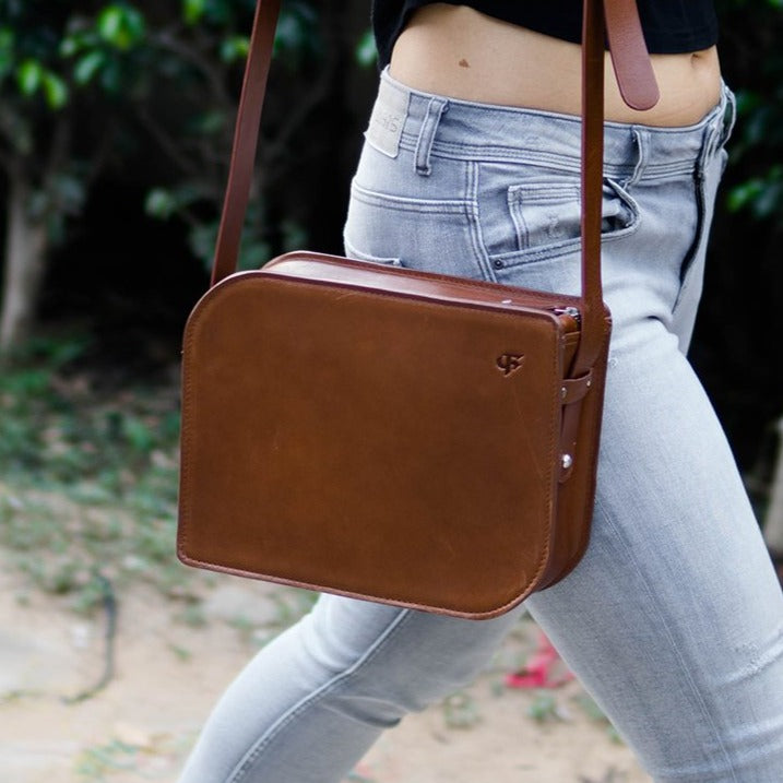 Tangent Sling Bag - Dark Tan