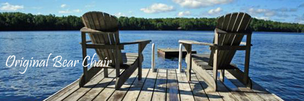 Adirondack Chairs am See