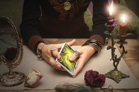 Intuitive Tarot, How to Use Tarot Meanings, The Witch's Guide
