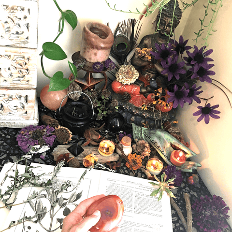 Lammas Altar, 7 Ways to Celebrate Lammas, The Witch's Guide