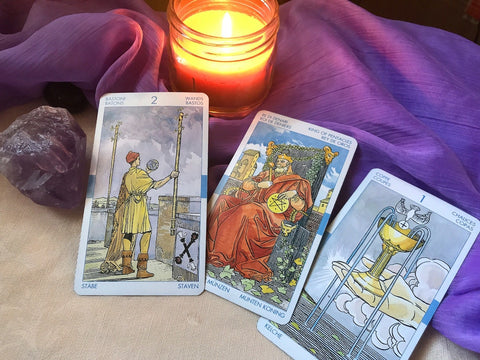 Reading Tarot Cards, The Witch's Guide