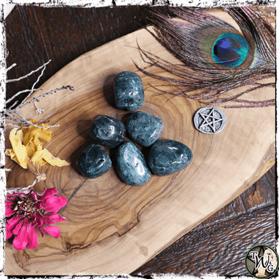 Apatite Crystal, Tumbled | Manifestation, Creativity