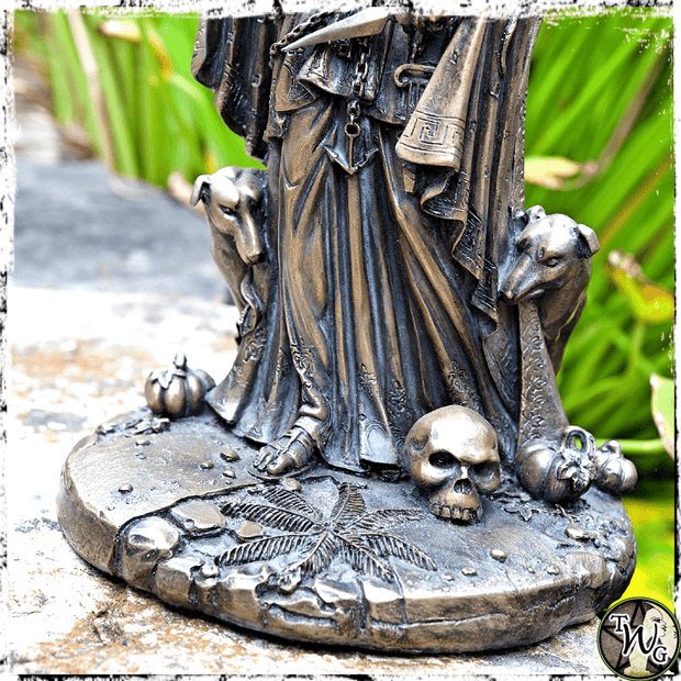 Hecate Goddess of Witchcraft, The Witch's Guide