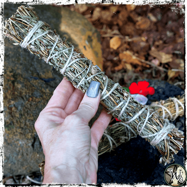 Hyssop Smudge Bundle, Uncrossing Herb, The Witch's Guide