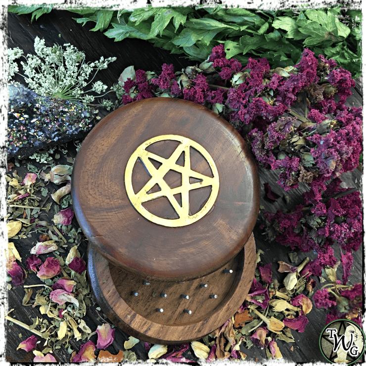 Witch Herb Grinder with Pentacle, Kitchen Witch Accessory, The Witch's Guide, Green Witch Accessory