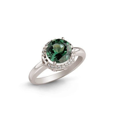 Elegant Silver Ring with Green Quartz