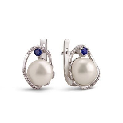 Silver earrings with freshwater pearls and sapphires