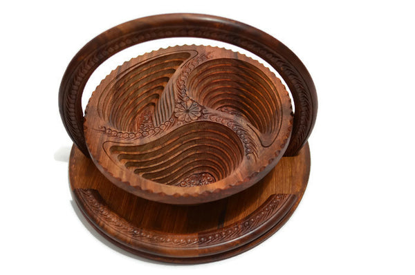 Wooden Collapsible Fruit Basket Three or Four Leaf Design Hand Crafted Decorative Gift Item 12""
