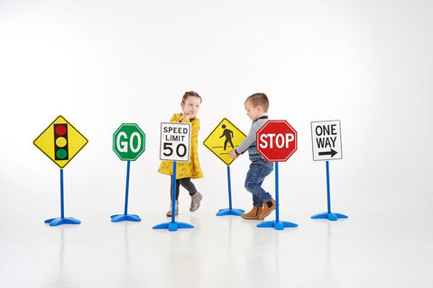 Traffic Sign Set of 6|Ensemble de 6 panneaux de signalisation