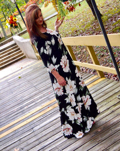 Its Autumn Black Wild Flower Side Pocket Maxi