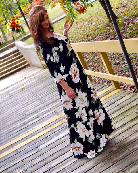 Black Wild Flower Side Pocket Maxi - TheBrownEyedGirl Boutique