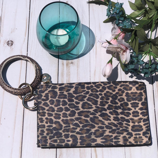 Oversized Leopard Bangle Key Chain With Detachable Wallet
