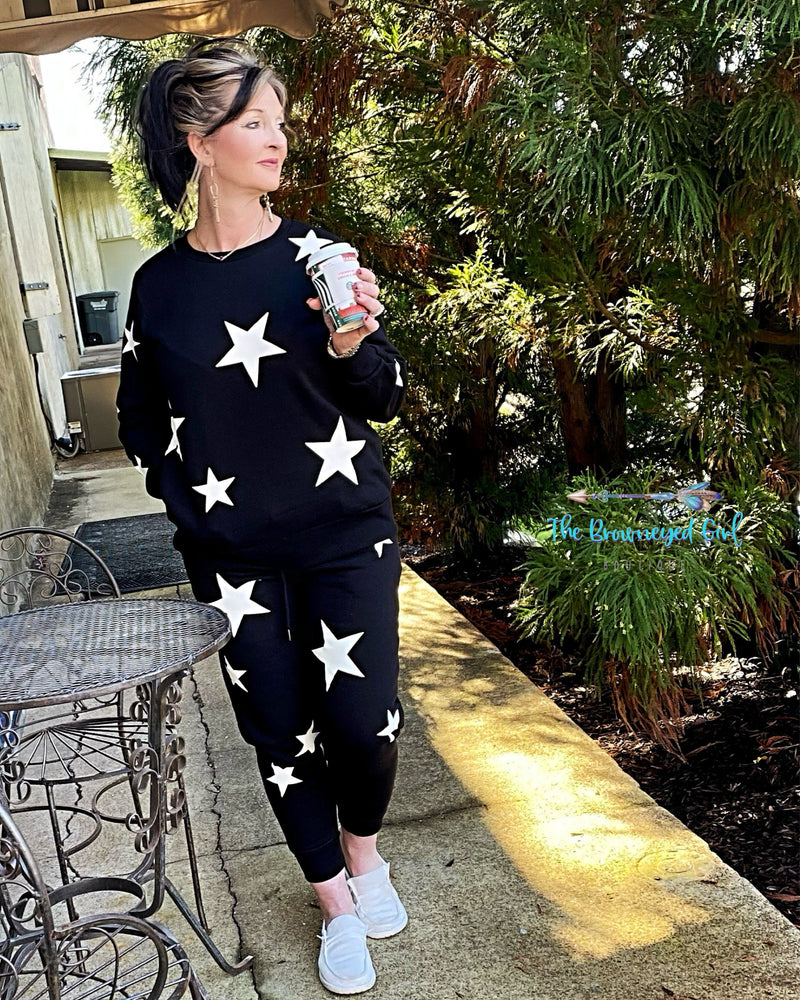 Rock Star Black Long Sleeve Jogger Set https://thebrowneyedgirl.boutique/products/rock-star-black-long-sleeve-jogger-set
