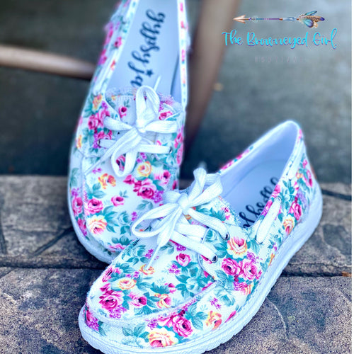 Gypsy Jazz Daisy Floral White Sneakers