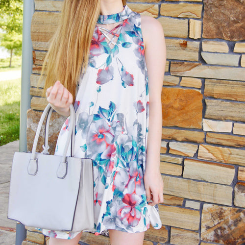 Falling In Love Floral Dress - TheBrownEyedGirl Boutique