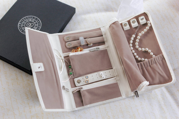 Vegan Leather Travel Jewelry Case - Jewelry Organizer
