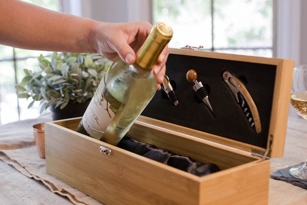 Bamboo Wine Gift Box Set with wine accessories