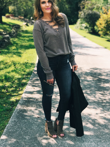 LACE UP SWEATER WITH A TOUCH OF LEATHER