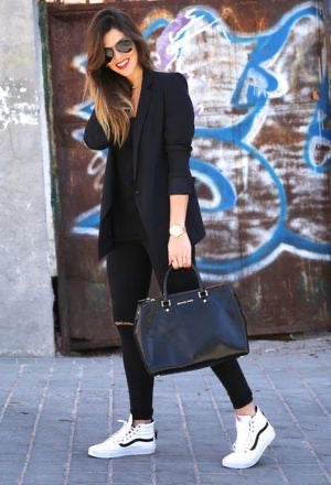How to Wear a Black T-Shirt for Any Occasion