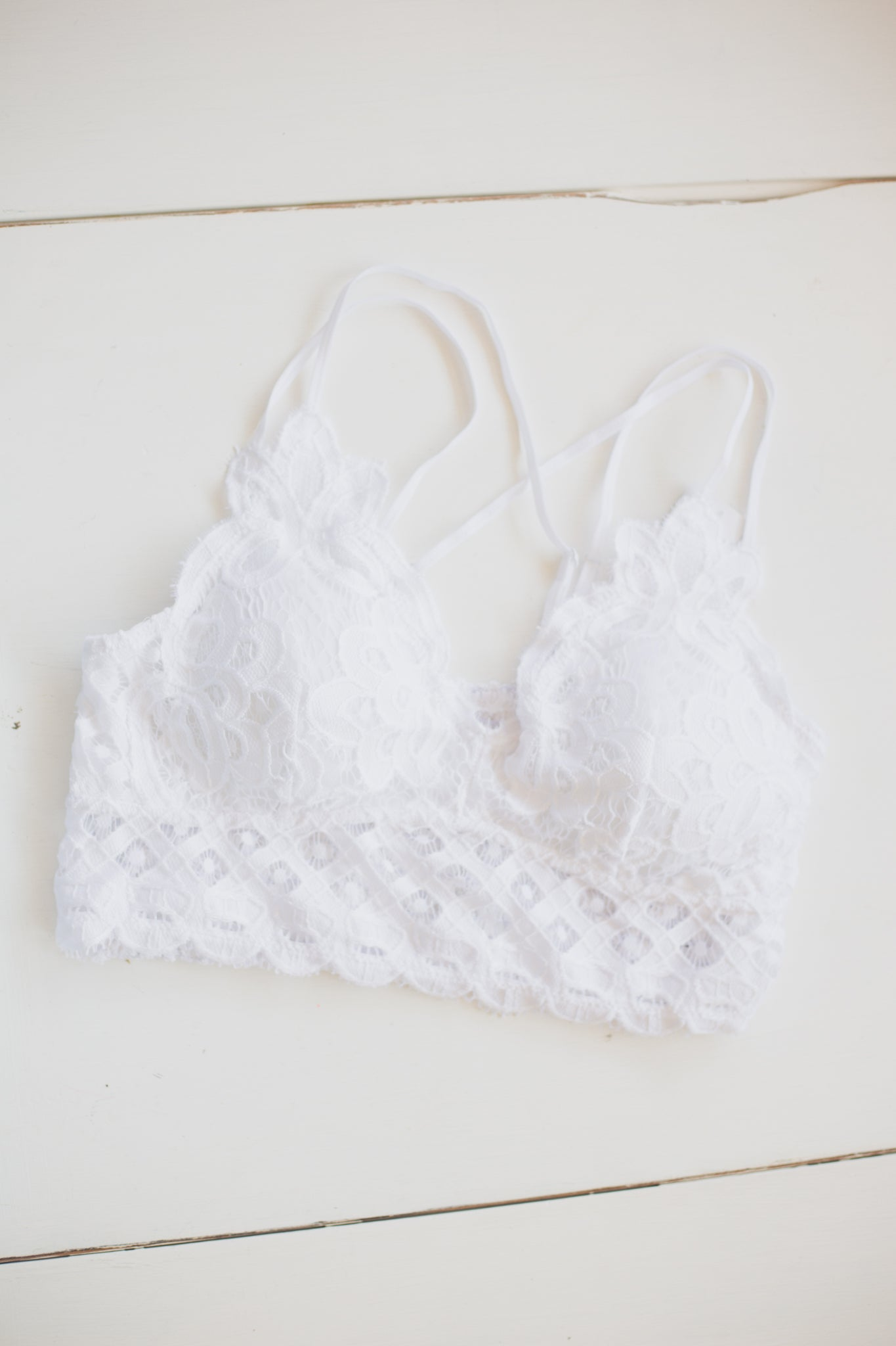 White Lace Bralette with Bra Pads - Extended Sizes
