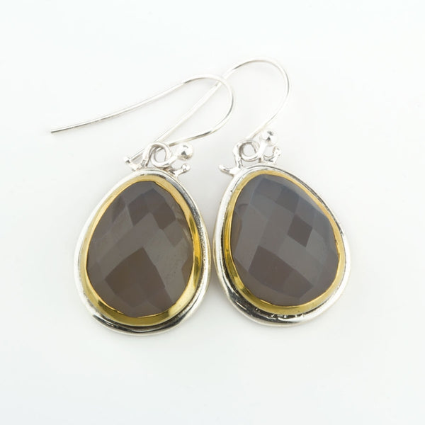 Shifting Dunes Grey Onyx Earrings