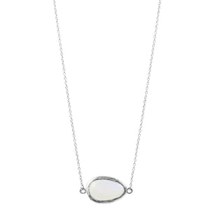 Oblong Moonstone Necklace in Silver
