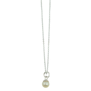 Flower Cap Pearl Necklace