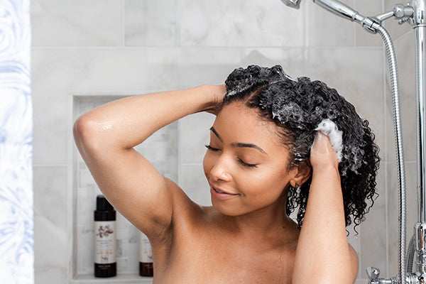 6 Shampoo Sins You Probably Do When You Wash Your Hair