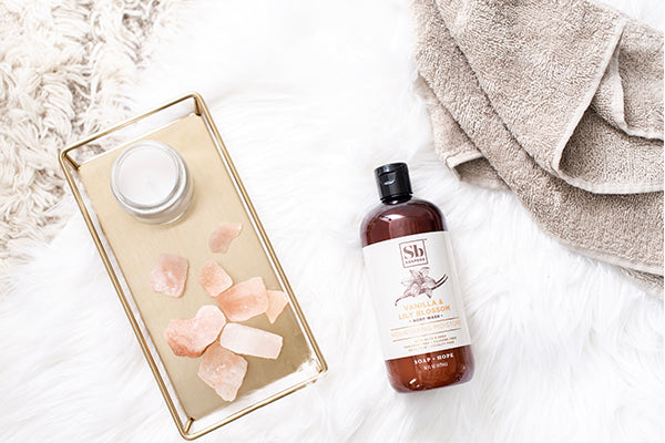 How Vanilla Extract Transforms Your Shower Experience