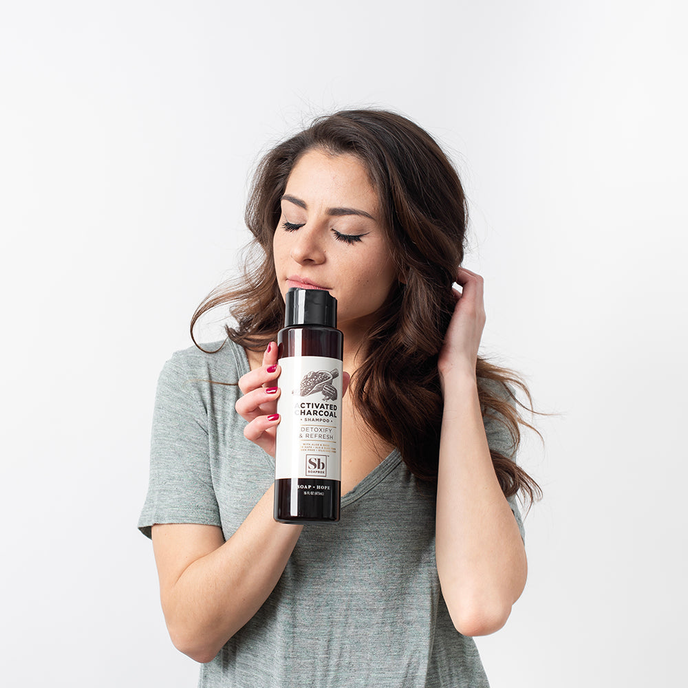 Activated Charcoal Detoxify & Refresh Shampoo