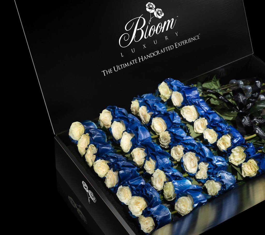 Edge Collection Luxury Roses In a Box