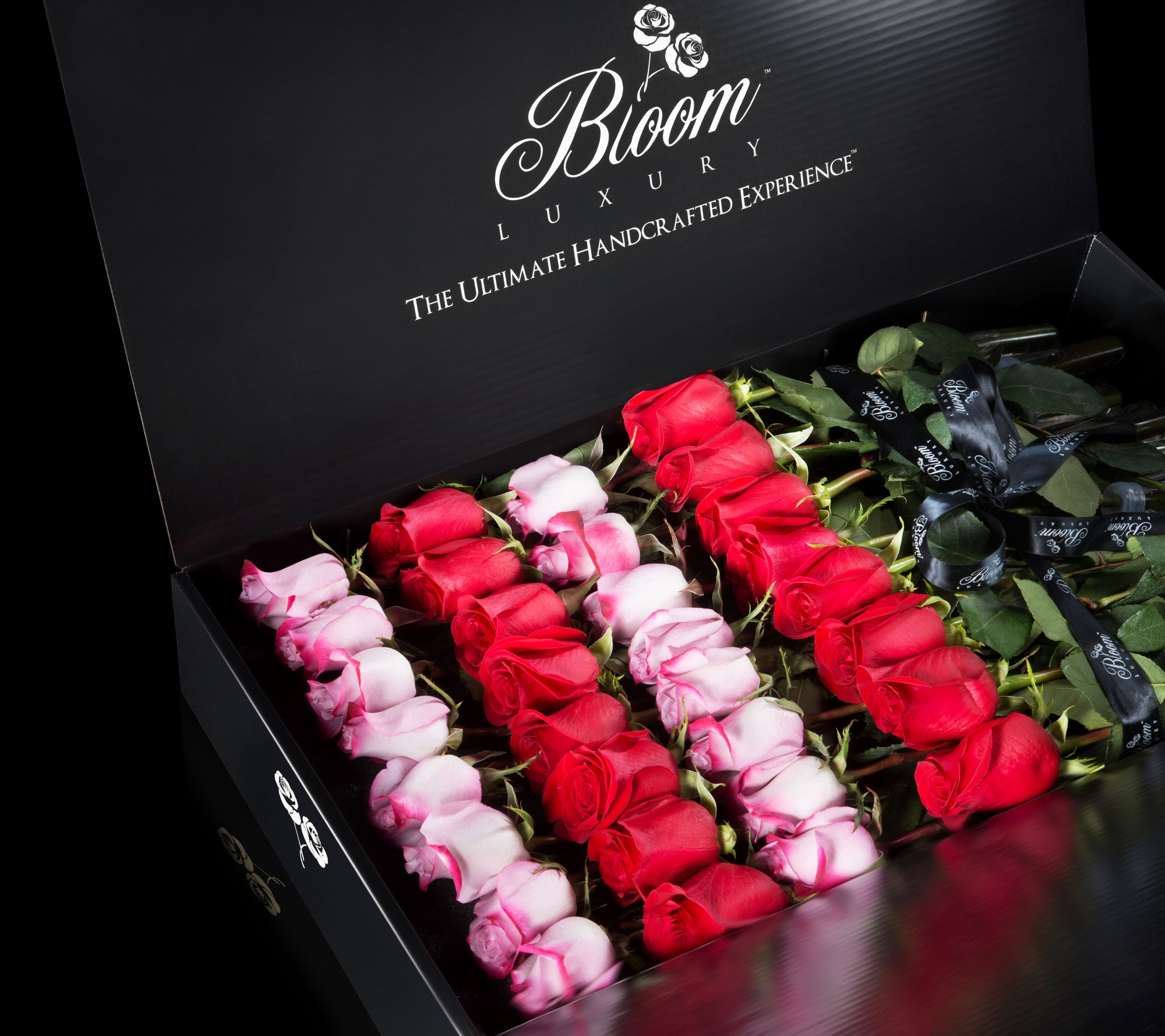 luxury striped roses gift box