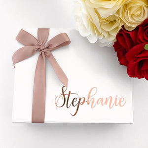 SMALL NAME GIFT BOX - WHITE