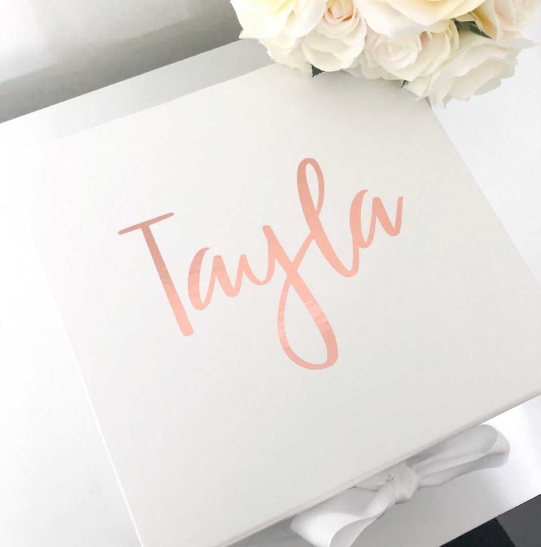 NAME GIFT BOX - WHITE