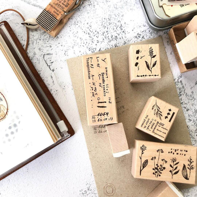 Pion: Flower Collection Rubber Stamp Set