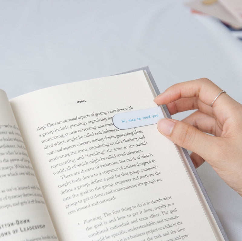 ease around Magnetic Bookmarks