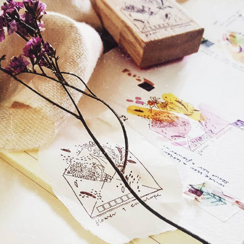 [Discontinued] Kurukynki Flower+Envelope Rubber Stamps