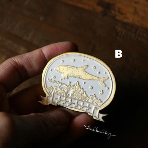 LCN Metal Brooch/Pin - Whale