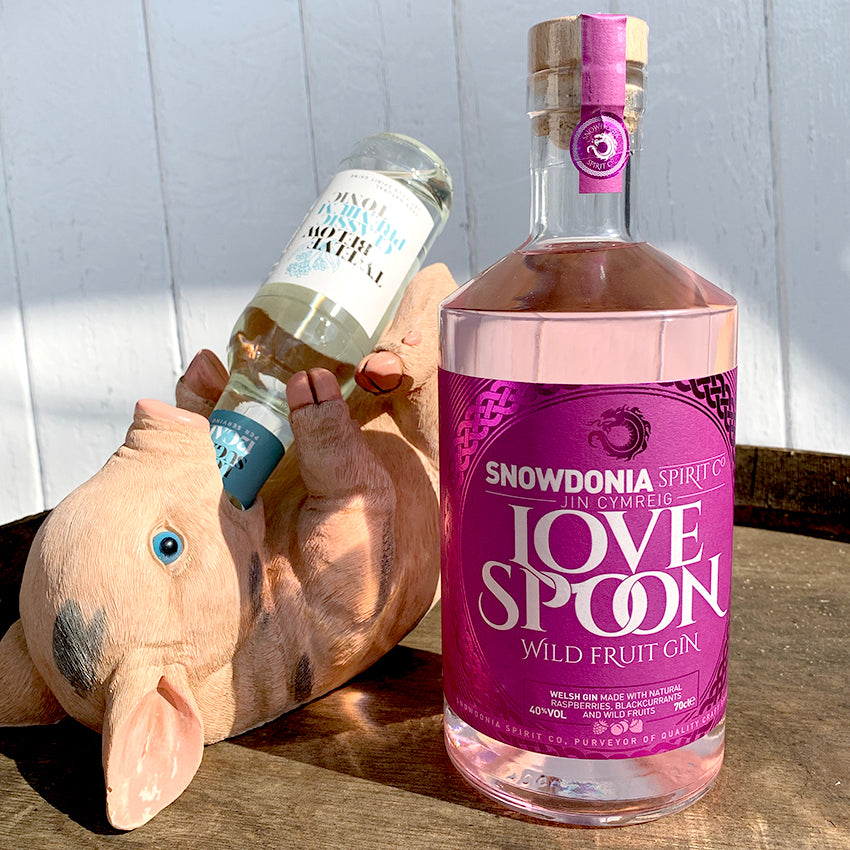 SNOWDONIA SPIRIT CO 'LOVE SPOON' WILD FRUIT GIN - 70CL