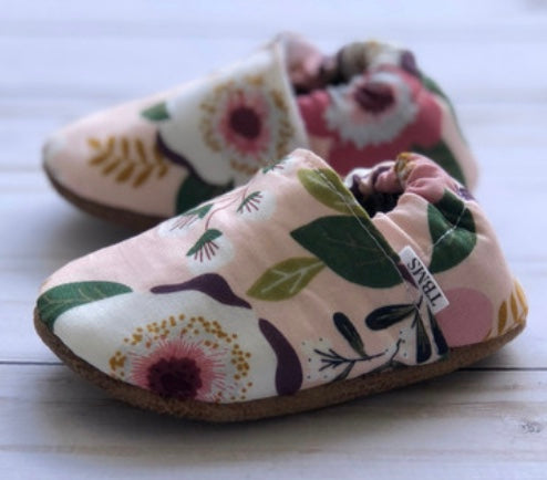 Pink Floral Trendy Baby Moccs
