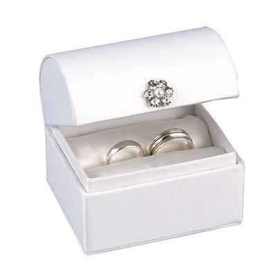 Elegant Treasure Chest Ring Box