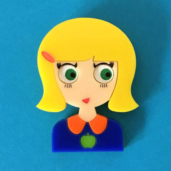 ZOE Acrylic Brooch, A Cute Blonde Girl with Green Eyes 🍏 - Isa Duval