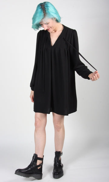 Duck Dress - Black