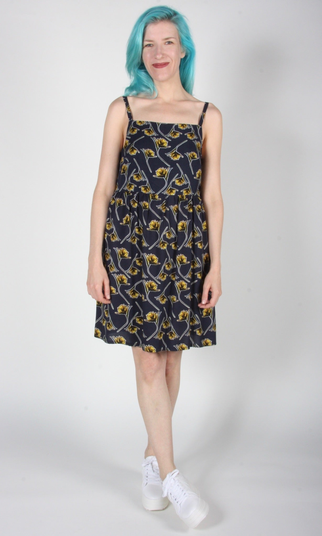 Mountaingem Dress - Navy Zinnia